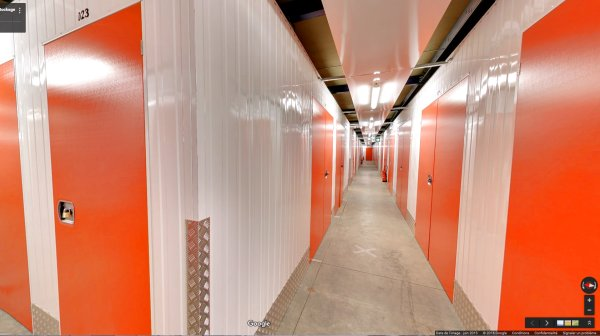 Self Storage Units In Est Lyonnais Annexx